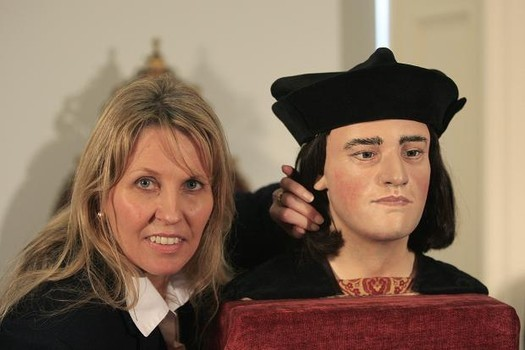 Philippa Langley with facially reconstructed Richard III