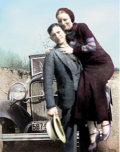Bonnie & Clyde Color Pose