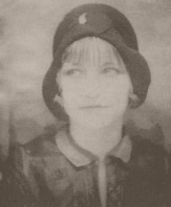 Bonnie Parker 1920's.jpg