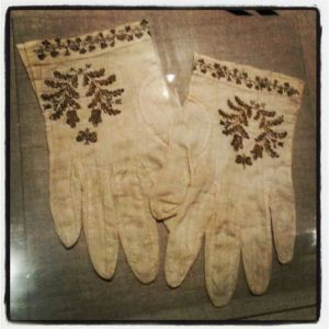 Mary Todd Lincoln Gloves