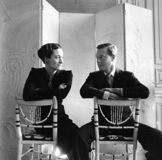 The chain of royal karma began with a King forswearing his throne, home, and family all in the name of true love. King Edward VIII seen here with the abdicating object of his royal affections, Wallis Simpson. (wikipedia.org)