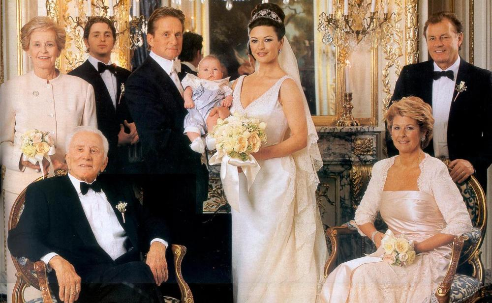 michael-douglas-catherine-zeta-jones-wedding-picture