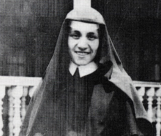Sister Teresa, later to become Mother Teresa began her life of service as a member of the Sisters of Loretto, an order of nuns based in Ireland which focused on education as well as visiting the sick and elderly. Sister Teresa remained with the order until she founded the Missionaries of Charity. The new order, which sought to serve the poorest of the poor, was officially recognized as a religious institute in 1950.