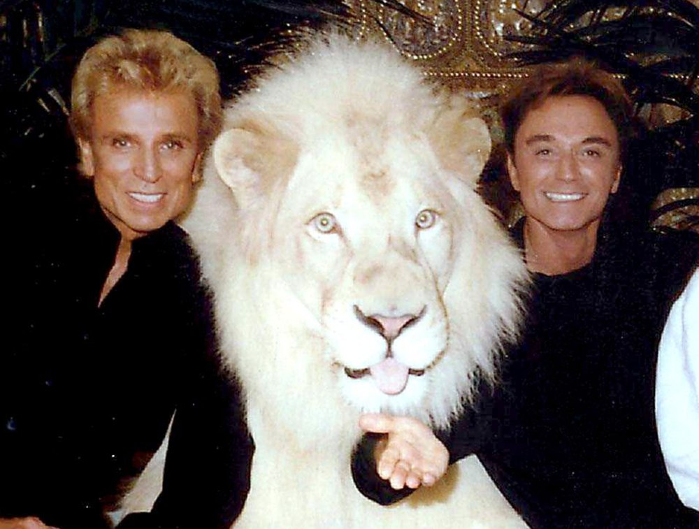 Roy Horn with Future the White Lion