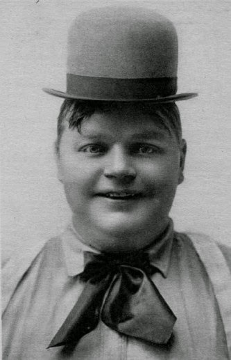 Fatty Arbuckle with hat