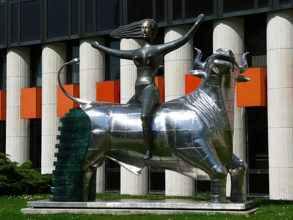 Europa Statue EU Strasbourg